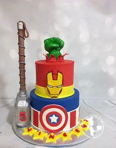 #birthdaycake #cake #cakedecorating #avengers #party #thecakemomco #marvel #ironman #captainamerica #hulk #thor
