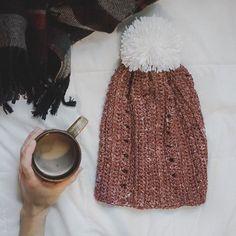 This free hat pattern is live on the blog! Enjoy your weekend 💞 . . . . #megmadewithlove #crochet #crocheting #yarn #hobbylobby #yarnbee #ourmakerlife #makersgonnamake #handmade #craftastherapy #diy #beanie #crochetlove #yarnlove #cozy #crochetgirlgang #etsy