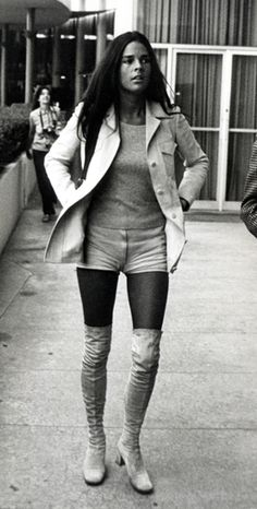 Ali MacGraw - 70's iconic style.
