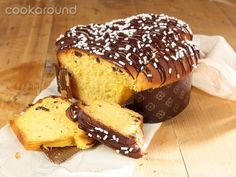Colomba di Pasqua veloce al cioccolato | Cookaround Easter Recipes, Holiday Recipes, Dessert Recipes, Desserts, Croissants, I Love Food, Good Food, Sweet Cooking, Chocolate Pictures