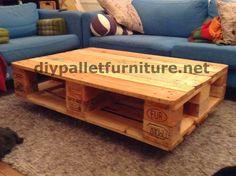 Mesa con palets flotante