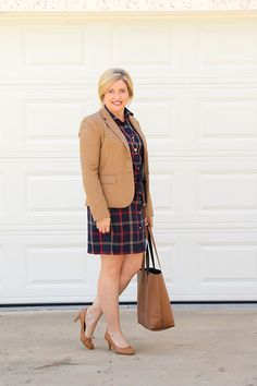 Savvy Southern Chic: How to wear plaid to the office- 9 to 5 Style and all Southern Ladies KNOW the value of adding #pearls to their outfits, check out Naughton Braun - Pearl Jewelry, C'mom along with us!