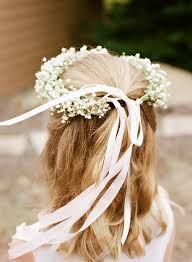 Resultado de imagem para flower girls hair