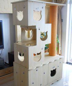 Toy-brick Cat tree on Litter box_Cat Litter Box & its tree_幸福的猫生活-CatS