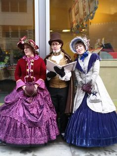Costumes in the style of a christmas carol pinterest costumes old time carolers in union square solutioingenieria Gallery