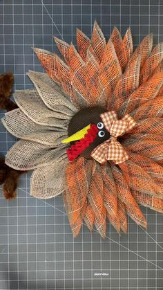 Fall Crafts, Crafts To Do, Halloween Crafts, Holiday Crafts, Diy Crafts, Thanksgiving Wreaths, Fall Wreaths, Thanksgiving Decorations, Fall Decorations Diy