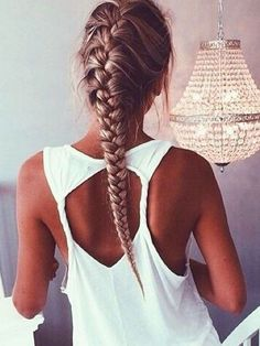 Hairstyle with braids for long hair french style - Peinado con trenzas para cabello largo, estilo frances