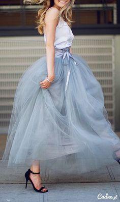 Piękna tiulowa spódnica