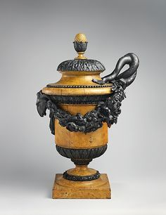 1780-1785 French Vase at the Metropolitan Museum of Art, New York