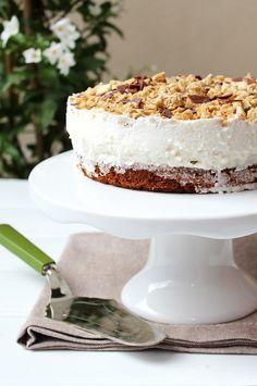American Cream Cake Cream Cake, Vanilla Cake, American, Breakfast, Desserts, Sweets, Deserts, Falling In Love, Pies
