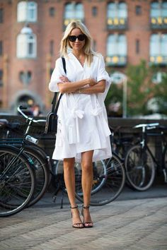 fashion week street style look August Outfits, Look Urban Chic, Look Chic, Look Street Style, Street Style Summer, Looks Style, Looks Cool, Style Désinvolte Chic, My Style