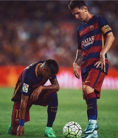 Neymar e Messi Lionel Messi, Messi Y Neymar, Neymar Pic, Neymar Football, Messi 10, King Of Hearts Card, Football Pictures, Fc Barcelona, Cristiano Ronaldo