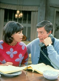 rare color photo of rob & laura (dick van dyke & mary tyler moore)