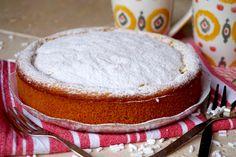 TORTA ALLE PESCHE 3 INGREDIENTI La Torta alle Pesche 3 Ingredienti è un dolce semplicissimo adatto alle situazioni di emergenza dolciaria. E' ottima sia a