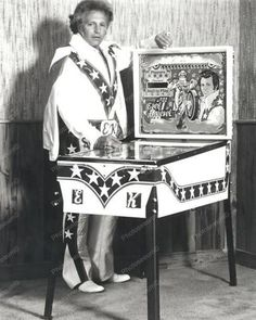Evel Knievel Home Ed Pinball Machine Professional Photo Lab Reprint Evil Kenevil, Pinball Wizard, Penny Arcade, Professional Photo Lab, Thing 1, Arcade Games, Pinball Games, Vintage Toys, Old Photos