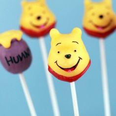 Winnie the Pooh Cake Pops - Disney Family Winnie The Pooh Cake, Winnie The Pooh Birthday, Disney Winnie The Pooh, Disney Cake Pops, Disney Cakes, Disney Food, Cupcakes, Cupcake Cakes, Bakerella