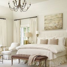 I love this dreamy neutral bedroom by @jessicabradleyinteriors!
