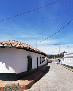 15 Planes cerca a Bogotá | Destinos turísticos de naturaleza y cultura Opera House, Trips, Building, Travel, Traveling, Viajes, Buildings, Destinations, Construction