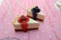 BFF Cheesecake Necklaces: Best Friend Jewelry by Cherrydot on Etsy Bff Necklaces, Best Friend Necklaces, Friendship Necklaces, Best Friend Jewelry, Cute Necklace, Pretty Necklaces, Kawaii Charms, Real Diamond Necklace, Cute Snacks