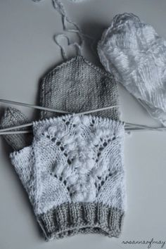 Double mittens, lace mittens