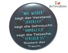Spruchbutton-50mm-Ansteckbutton-Leben+von+Buttons&Books+auf+DaWanda.com