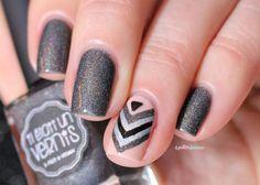 ieuv #justmytype nude and holo grey chevron V nail art