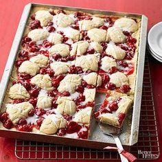 Cherry Kuchen Bars Cherry Pie Bars, Powdered Sugar Icing, Halloween Cookie Recipes, Almond Bars, Cupcakes, Sweet Cherries, Moist Cakes, Icing Recipe, Thanksgiving Desserts