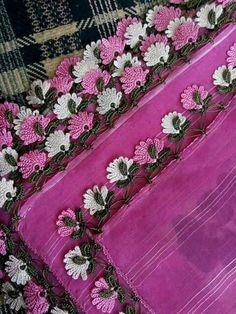 rock-cicekli-new-pink-lace-up summer - Tatting Ideen 2019 Cotton Crochet, Crochet Lace, Crochet Edgings, Tatting, Sheep Tattoo, Wand Tattoo, Crochet Borders, Needle Lace, Hand Embroidery Designs