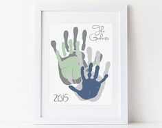 Personalized Family Portrait 5 Handprint Art von PitterPatterPrint