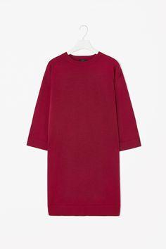 Wide-sleeve knit dress