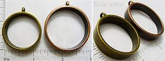 Bronze or copper round pipe circle resin ring pendant with empty open back for ice resin jewelry. Great for embedding dimensional objects, dried flowers, doll faces, polymer clay, beads, glitter etc.