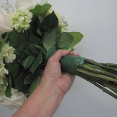 Hand Tied Bouquet Tutorial; Check out free flower tutorials for church decor, bouquets, corsages, boutonnieres and much more.  Buy professional florist supplies.