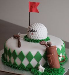 Golf cake inspiration for a golfer's party! More here