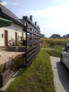 Outdoor Pallet Projects Pallets Fence Pallet Fences - A lovely garden fence/pergola made by Anna Godek-Biniasz (Poland)! Fence Landscaping, Backyard Fences, Garden Fencing, Pool Fence, Modern Landscaping, Front Yard Fence, Farm Fence, Fence Gate, Horse Fence