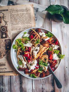 Pasta Salad, Nom Nom, Food Photography, Vegan, Baking, Ethnic Recipes, Koti, Inspiration, Decor