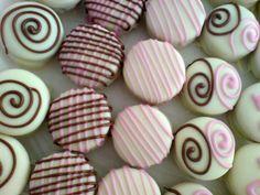 Alfajores White Chocolate Oreos, Chocolate Covered Treats, Chocolate Cookies, Brownie Cookies, Cake Cookies, Sugar Cookies, Cupcake Cakes, Oreo Treats, Party Treats