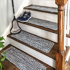 Carpet Stair Treads, Carpet Stairs, Stairs With Carpet Runner, Staircase Runner, Farmhouse Stairs, Stair Makeover, Basement Stairs, Basement Ideas, Entryway Stairs