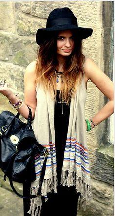 spain chic Boho Look, Bohemian Style, Boho Fashion, Spain, Chic, Dresses, Beautiful Clothes, Shabby Chic, Vestidos