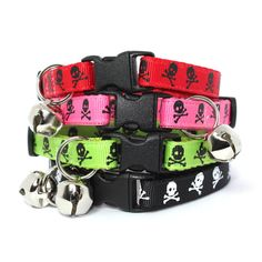 Cat Collar Skull & Crossbones by MogsTogs on Etsy, $9.50