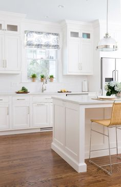 Studio Dearborn, kitchen & bath designers, Mamaroneck, NY. Timothy Lenz photo.