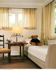 Short Curtains for Bedroom Windows Short Window Curtains Bedroom Traditional with Curtain Curtains Window Treatments, Traditional Bedroom, Curtains Living Room, Small Room Bedroom, Window Curtains Bedroom, Small Living Rooms, Family Room Windows, Short Window Curtains, Living Room Windows
