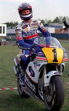 Eddie Lawson - Honda NSR 500cc