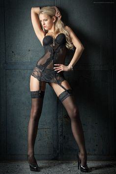 Black Sexy Bustier  Sheer Lace Garter Belt