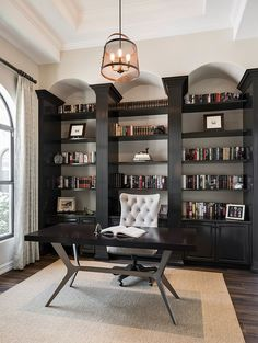 25 Home Office Shelving Ideas for an Efficient, Organized Workspace – Modern Home Office Design Office Bookshelves, Office Shelving, Shelving Ideas, Open Shelves, Bookshelf Styling, Home Office Setup, Home Office Space, Office Ideas, Cozy Home Office