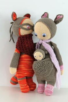 ROCO the raccoon and KIRA the kangaroo made by Angélique B. / crochet patterns by lalylala