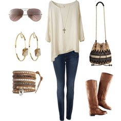 I have this outfit and I wear it all the time in the fall it's comfy and cute!