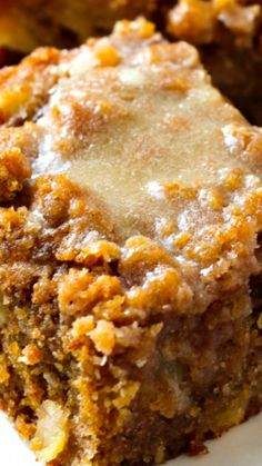 Moist, buttery cinnamon apple crumb cake piled high with a sweet cinnamon crumb topping and a warm vanilla glaze drizzled over the top.