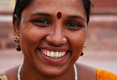 Beautiful Girl In India, Beautiful Women Over 40, Beautiful Moon, Beautiful Bollywood Actress, Most Beautiful Indian Actress, Housewife Pictures, Sneha Actress, Beautiful Dark Skinned Women, Paintings