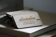 [dandee]: Wood Business Cards.