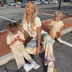 Tammy Hembrow, Luxury Girl, Strike A Pose, Daughter, Hipster, Style Inspiration, Poses, Photo And Video, Mom